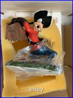 Danbury Mint Disney Classic Characters Perpetual Calendar Mickey Mouse & Friends