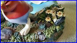 Disney Markrita Alice in Wonderland White Rabbit Pin Box COA