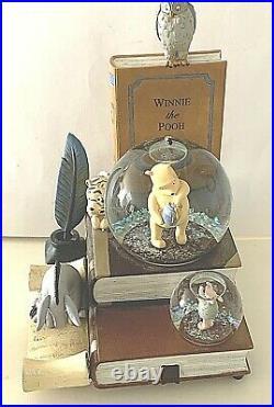 Disney's 80 years of Classic Winnie The Pooh Book End Snow Globe Music box MINT