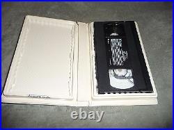 Vintage 1993 Walt Disney Aladdin Black Diamond Classic VHS Tape #1662 USA Movie