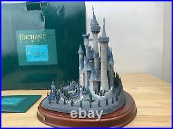 WDCC Cinderella A CASTLE FOR CINDERELLA Enchanted Places with Box & COA (Read)