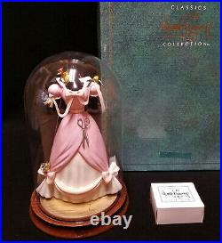 WDCC Disney Cinderella A LOVELY DRESS FOR CINDERELLY + Base GLASS DOME 2848/5000