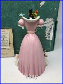 WDCC Disney Cinderella A Lovely Dress For Cinderelly with Box & COA