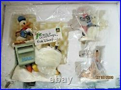 WDCC Disney Classics Merry Messengers Christmas CardMickey, Pluto, Donald, Minnie