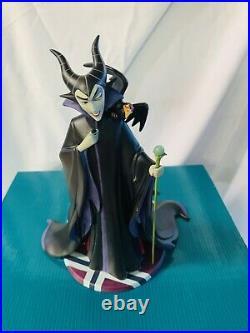 WDCC Disney LE Sleeping Beauty Evil Enchantress Maleficent COA Pin Charm WOW