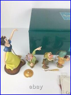 WDCC Disney Snow White And The seven Dwarfs Ornament Set of 8 With COA & Box