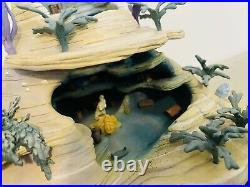 WDCC Enchanted Places The Little Mermaid Ariels Secret Grotto withBox & COA