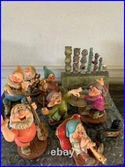 WDCC GRUMPY AND PIPE ORGAN HUMPH Snow White & 7 Dwarfs- 9 Piece Set
