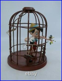 WDCC Pinocchio I'LL NEVER LIE AGAIN Pinocchio in Cage MIB with COA