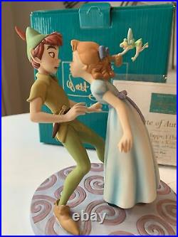 WDCC READ Peter Pan Wendy So Happy Ill Give You A Kiss Disney Classic 193/1500