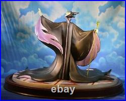 WDCC Sleeping Beauty Figurine Set Christening Scene An Uninvited Guest 608/1000