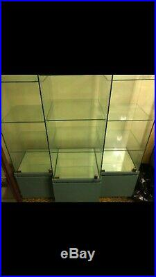 Walt Disney Classics Collection WDCC Lighted Glass Diplay Case Cabinet
