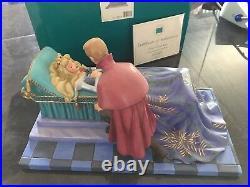 Walt Disney Classics Collection WDCC Sleeping Beauty Ltd edit Loves First Kiss