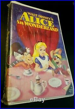 Walt Disney's ALICE IN WONDERLAND The Original Animated Classic! Black Diamond